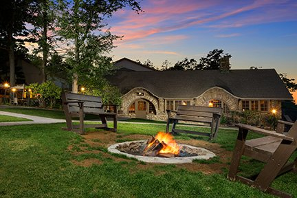 Pocono-Manor-Firepit.jpg