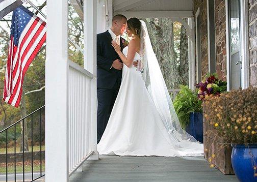 09_DeSau-Photography-Styled-Engagement-Shoot.jpg