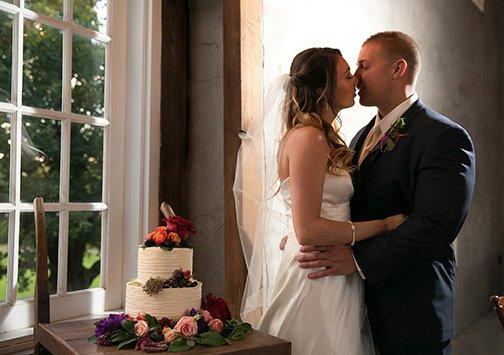 11_DeSau-Photography-Styled-Engagement-Shoot.jpg