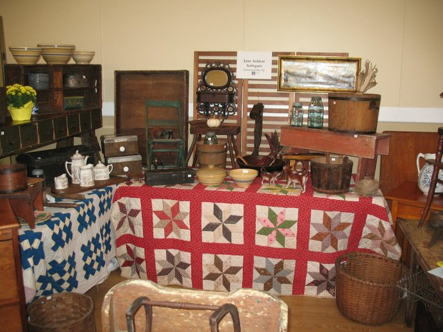 Bucks antiques dealer show