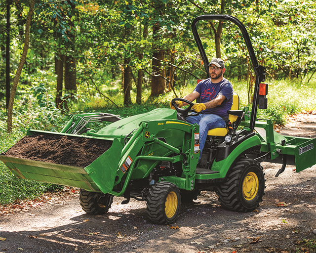 1025R Compact Tractor_r4f083646 .png