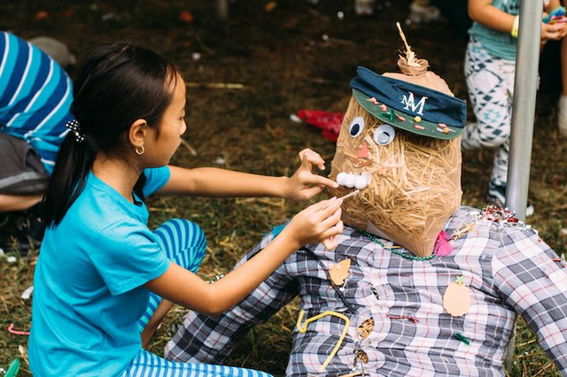 1. Scarecrow_making_by_Chris_Burrow.jpg